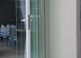 afriview Neofold - Frameless folding stacking door 3